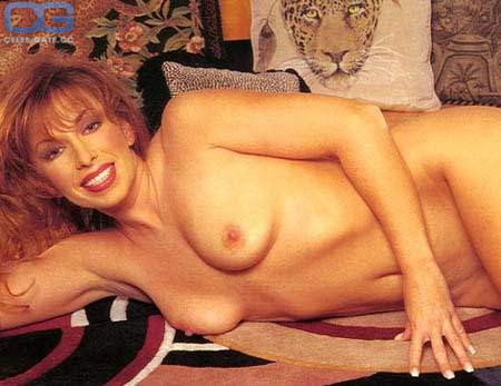 Paula jones nude