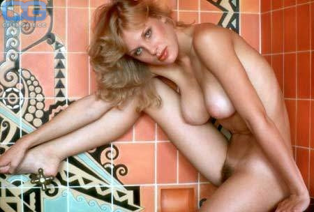 Dorothy Moore  nackt