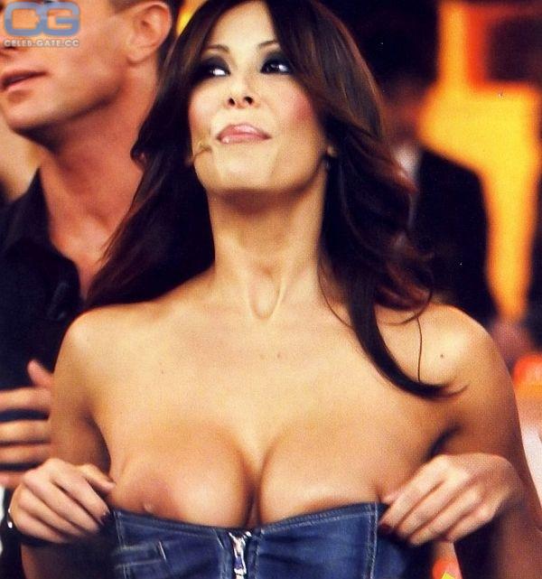 Sara Varone Nude
