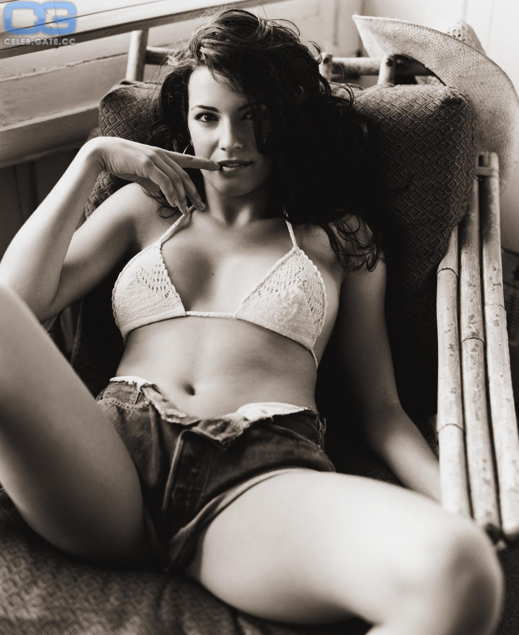 Natalie Spinell  nackt