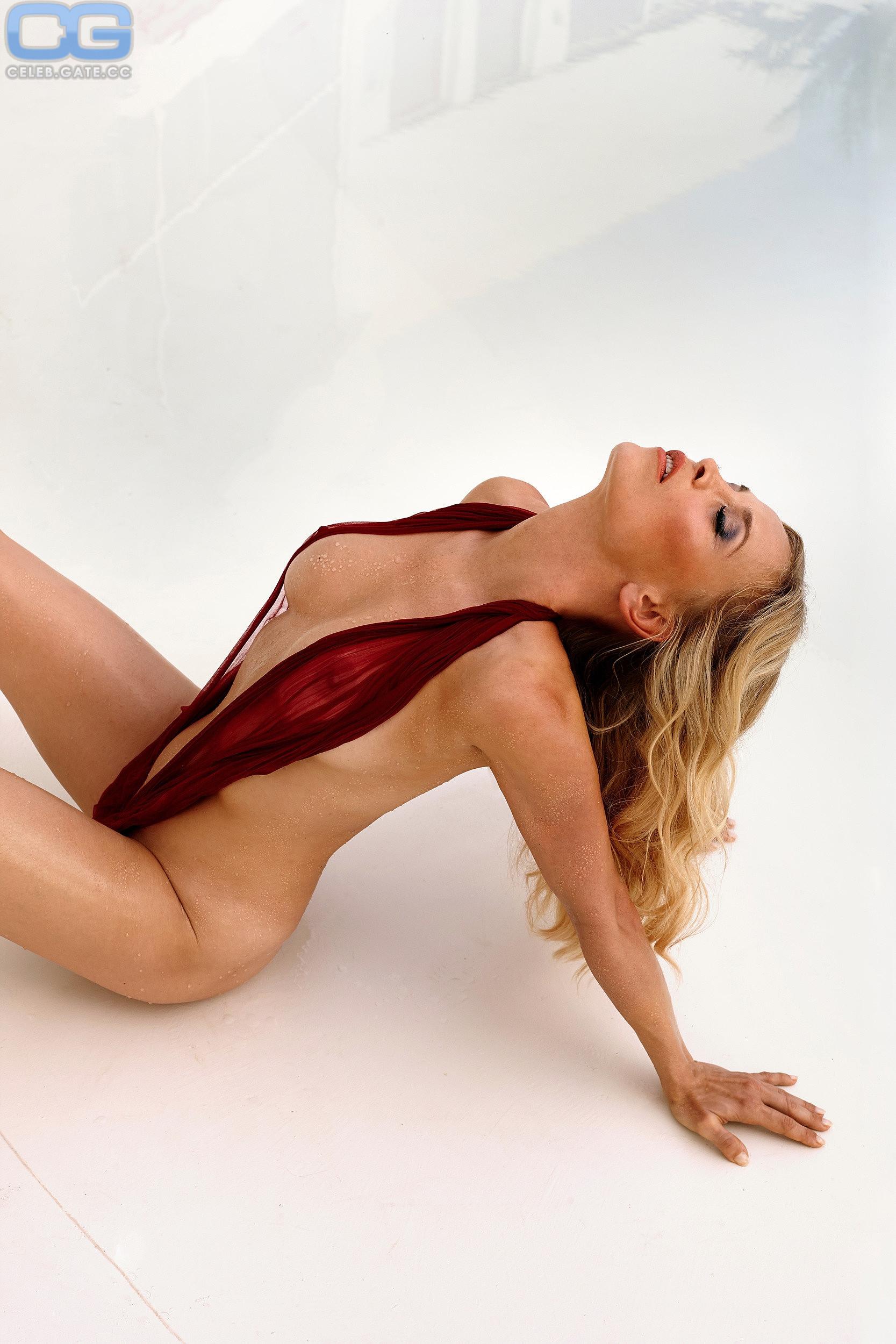 Regina Halmich Playboy