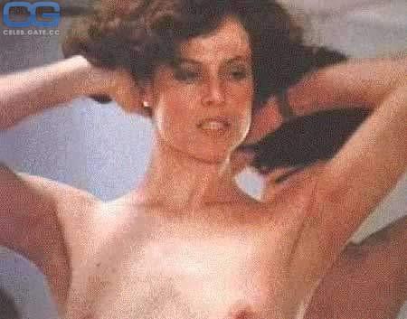 Weaver naked sigourney Sigourney Weaver,
