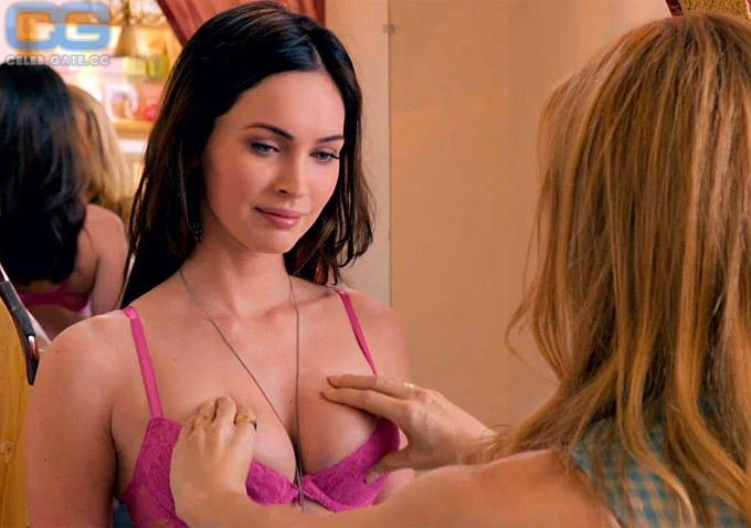 Megan Fox  nackt