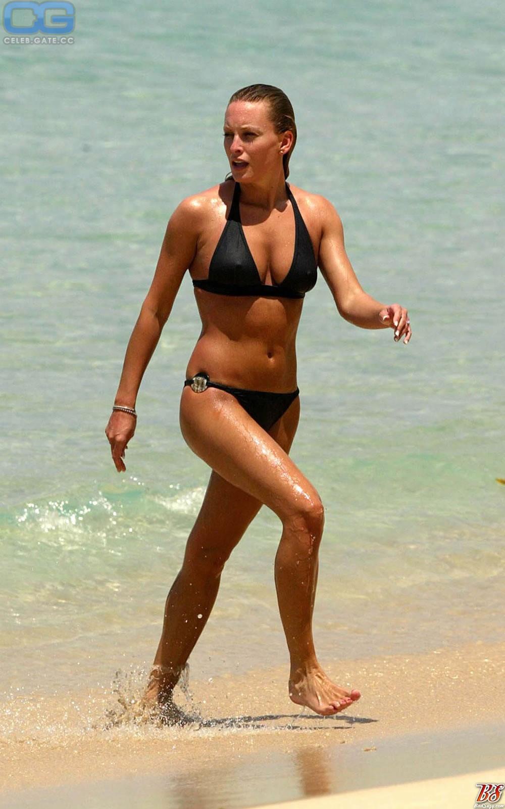 Nackt Joanna Taylor  43 Sexiest