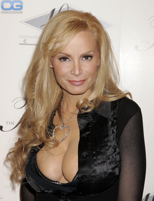 Nackt  Cindy Margolis 52 Spectacularly