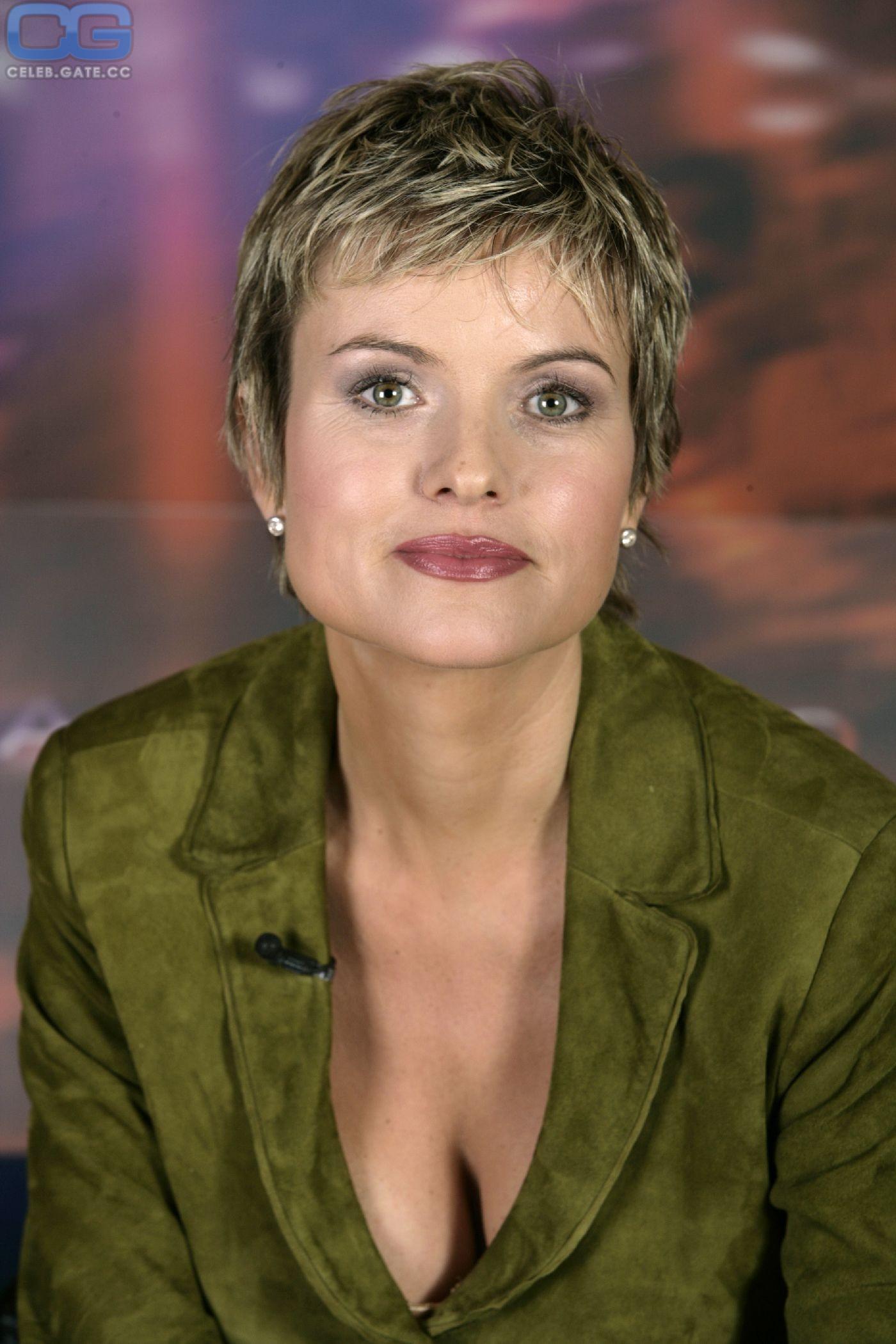 Carola nackt Ferstl Stefanie Hertel