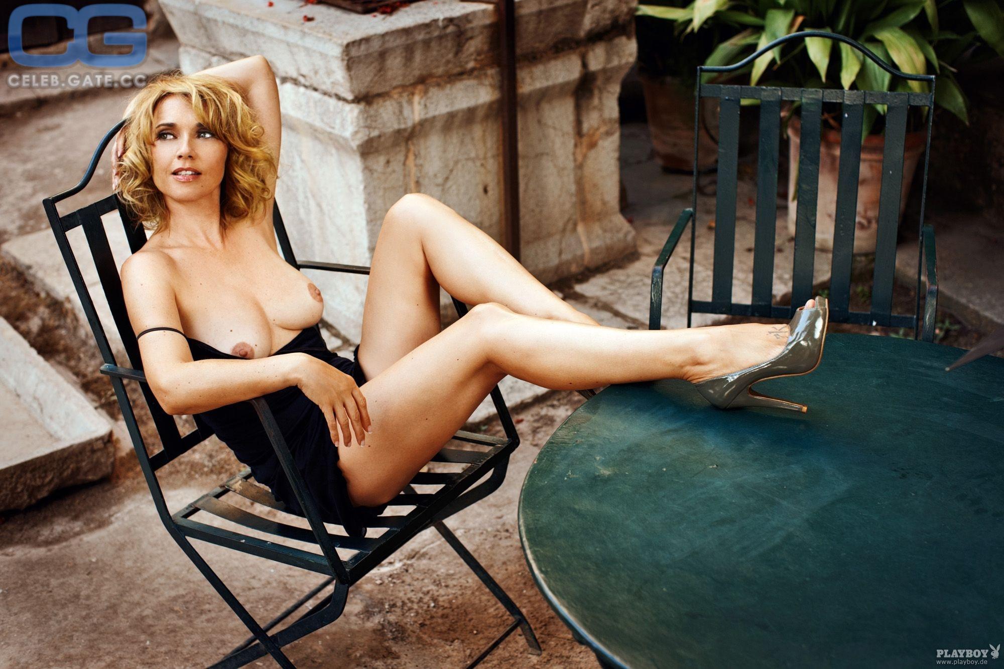 Topless tina ruland Tina Turner