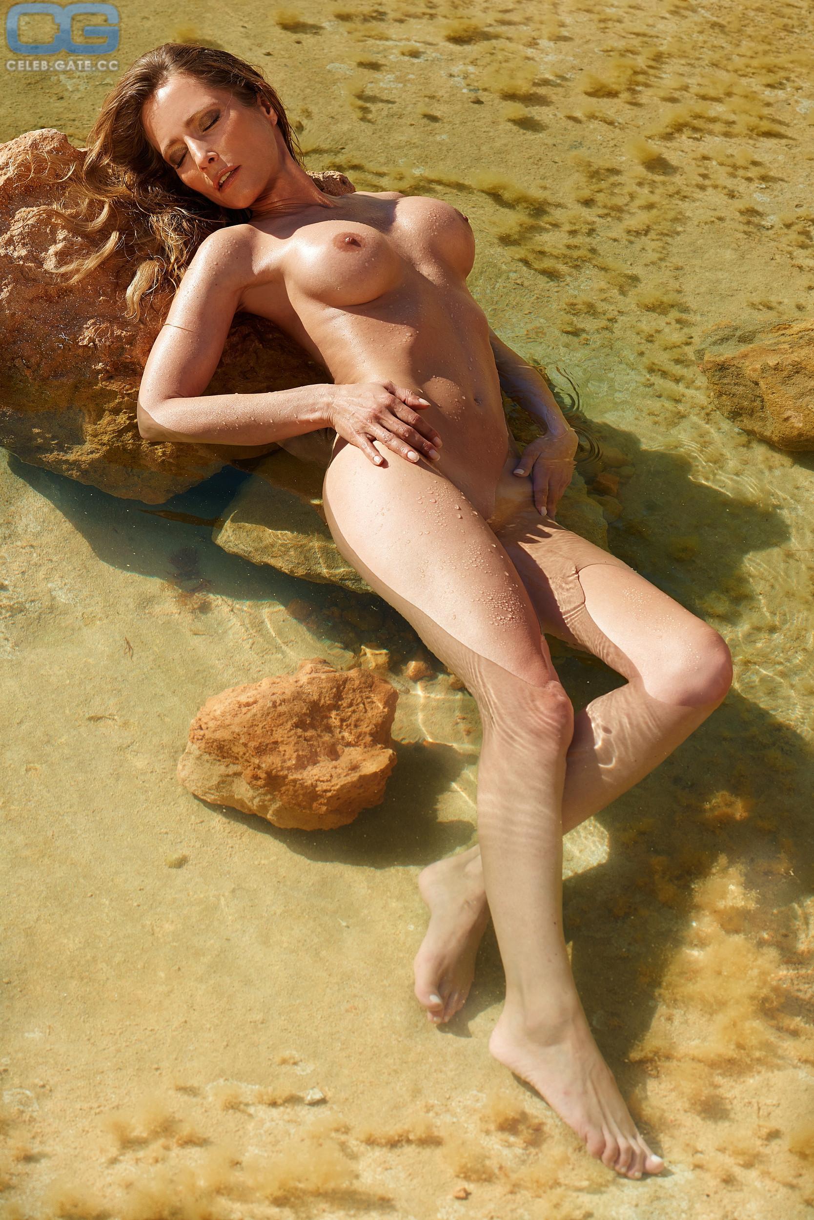 Florentine nackt Lahme Nude Verena