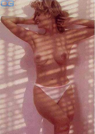 Tina York  nackt