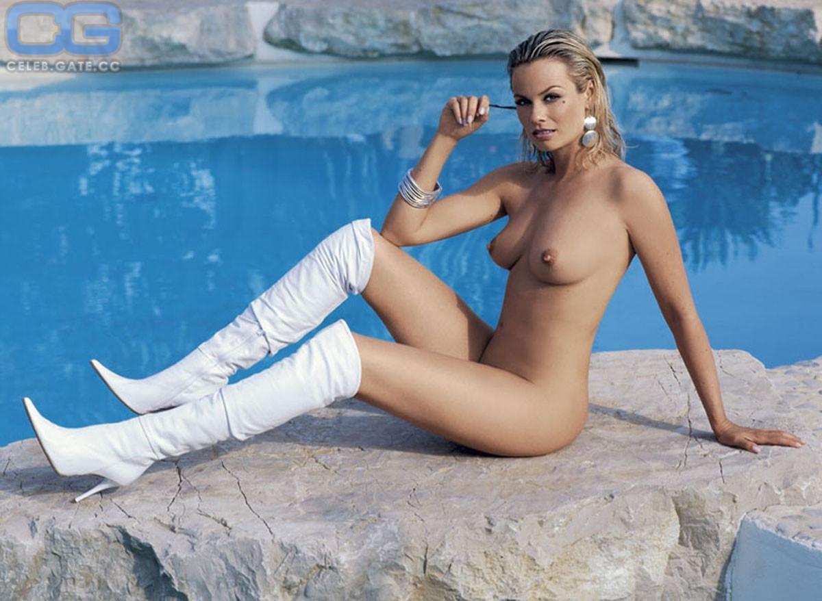 Nackt  Andrea Suwa Playboy Magazin