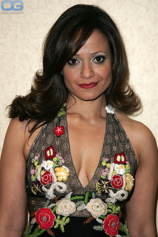 Judy Reyes  nackt