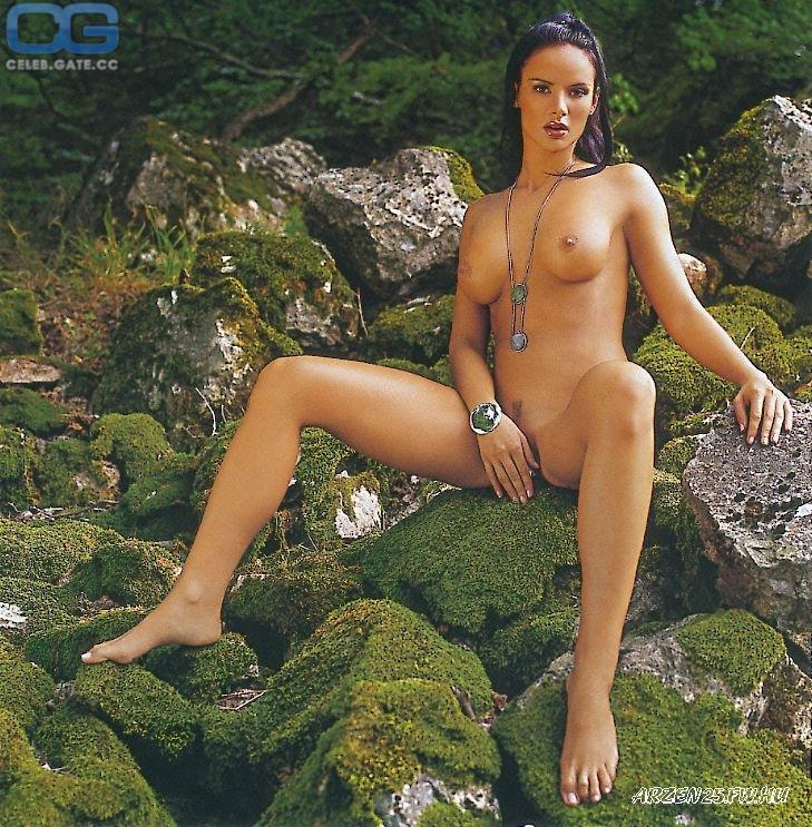 Hethy  nackt Zsofia PLAYBOY Magazine