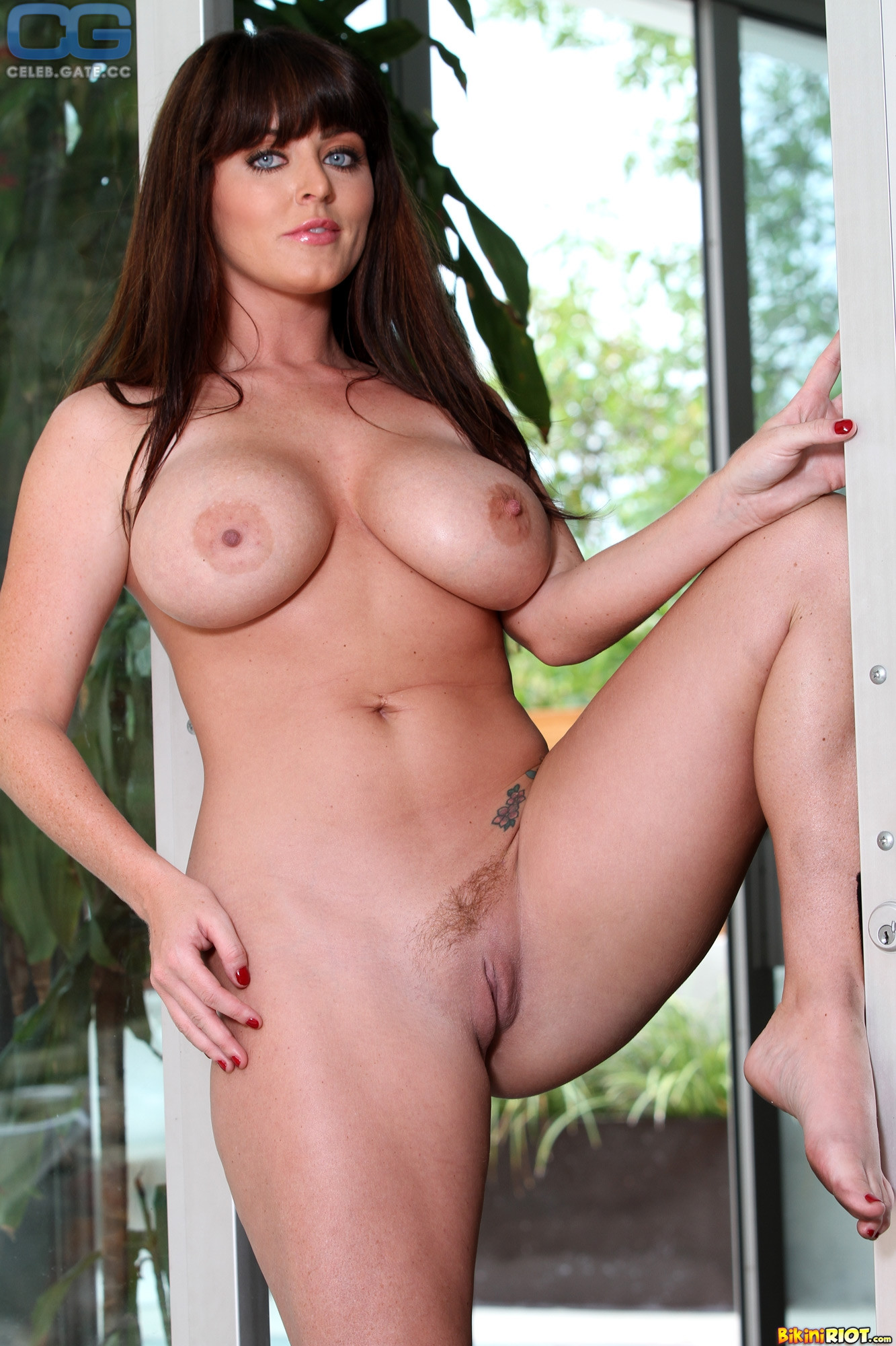 Sophie dee nude pictures