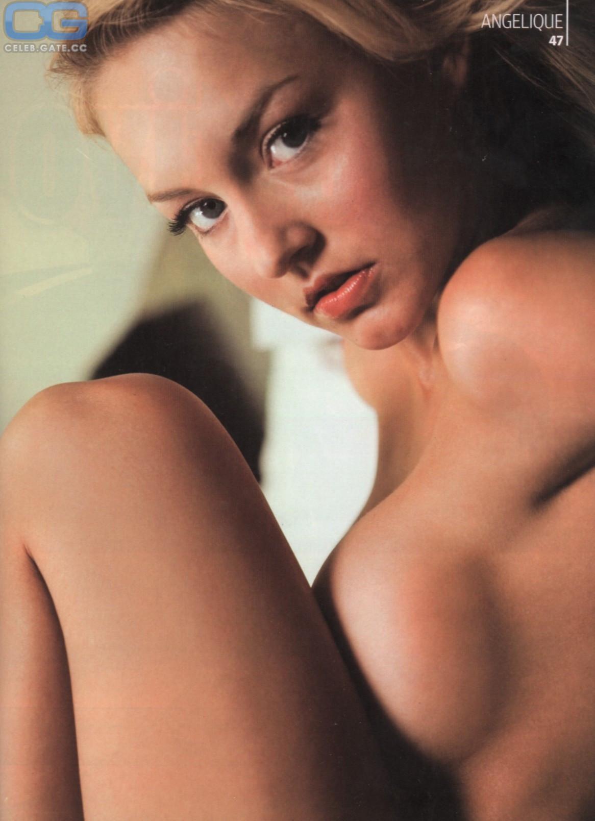 Nackt Angelyne  Mariah Carey