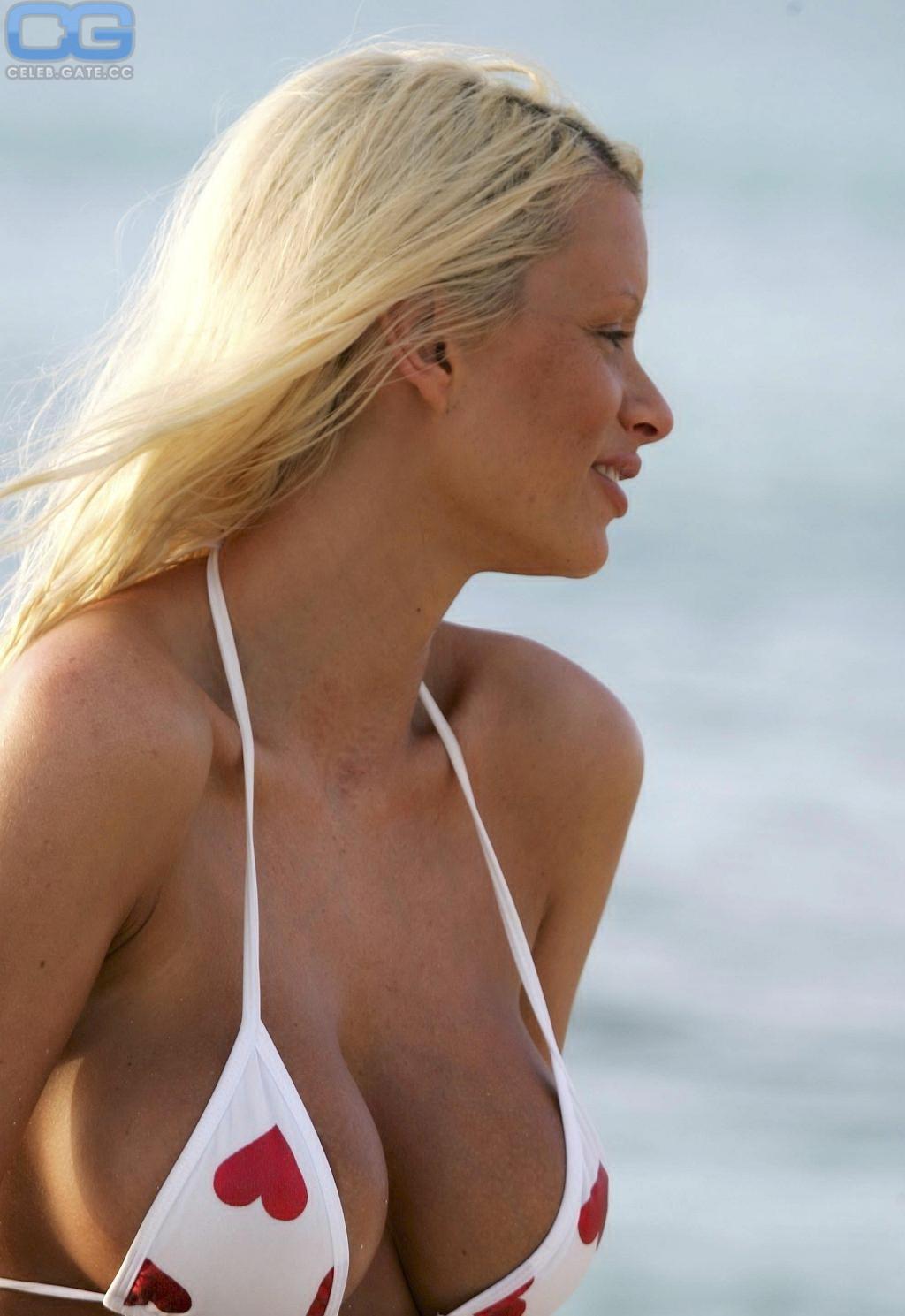 Emma Blocksage  nackt