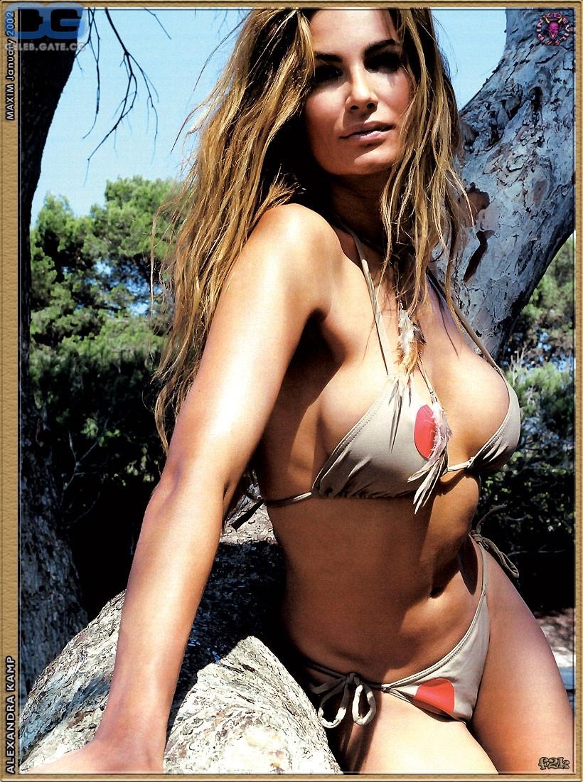 Nackt Alexandra Kamp Groeneveld  Nudity in