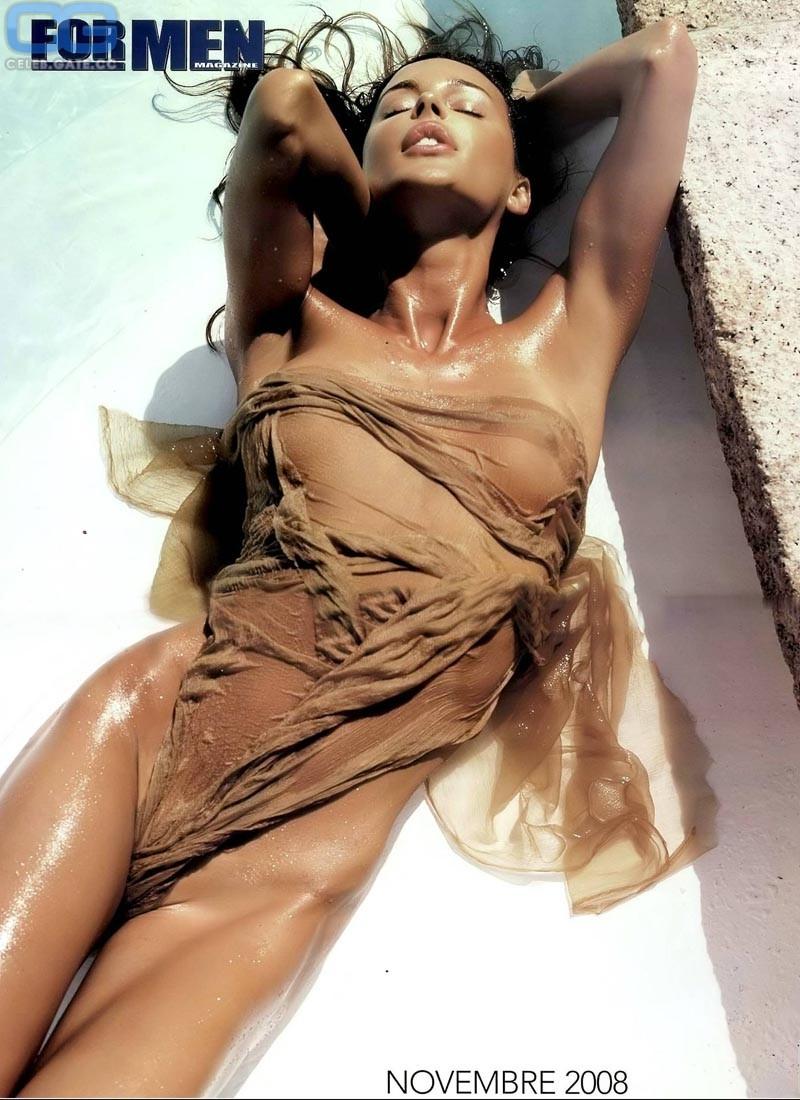 Nina ruge nude