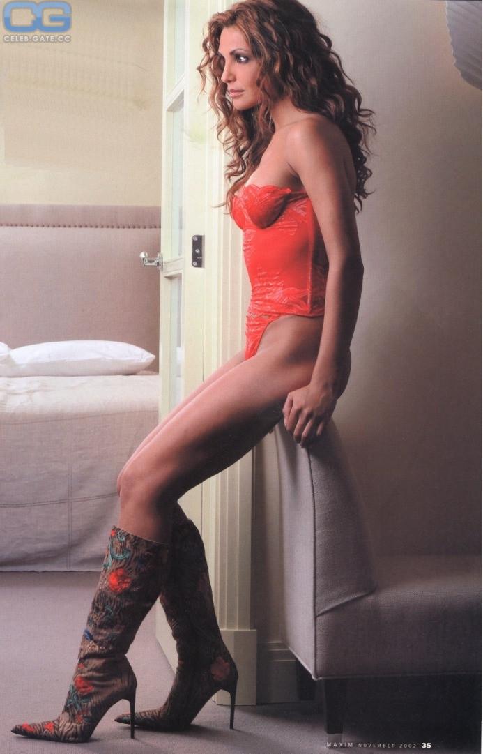Gina Brondeel  nackt
