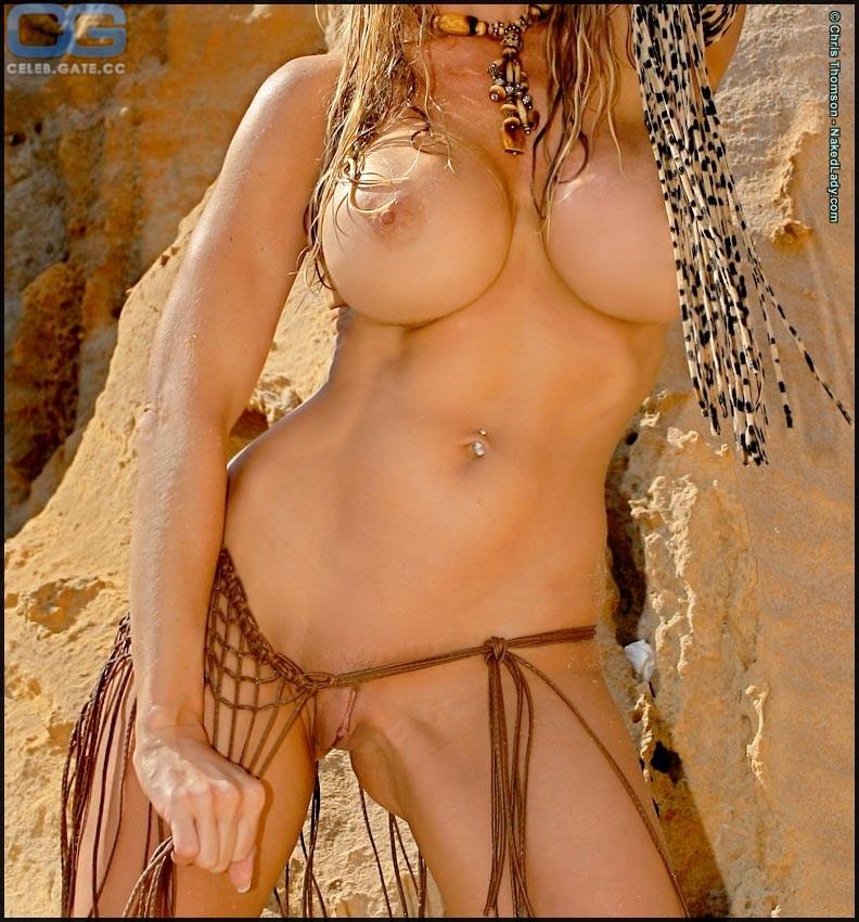 Topless Nude Tania Vazquez Scenes