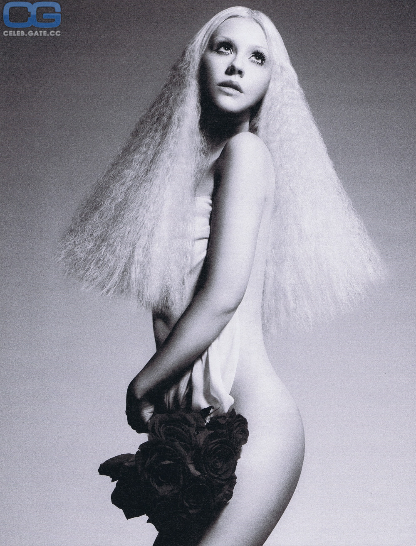 Swimwear Christina Aguilera Nude Scene Photos