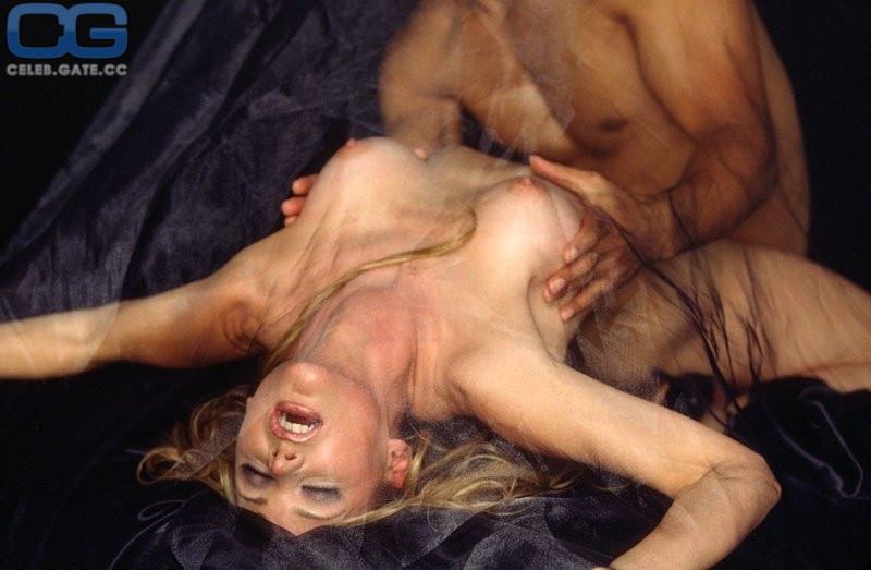Pfeiffer  nackt Dedee 63 Michelle