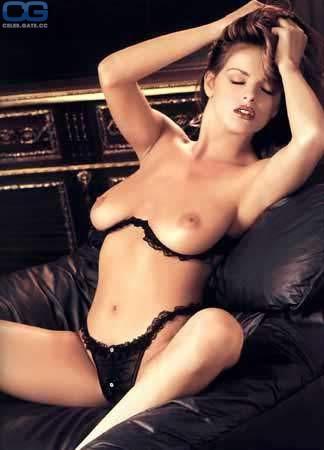 Regan Richards  nackt