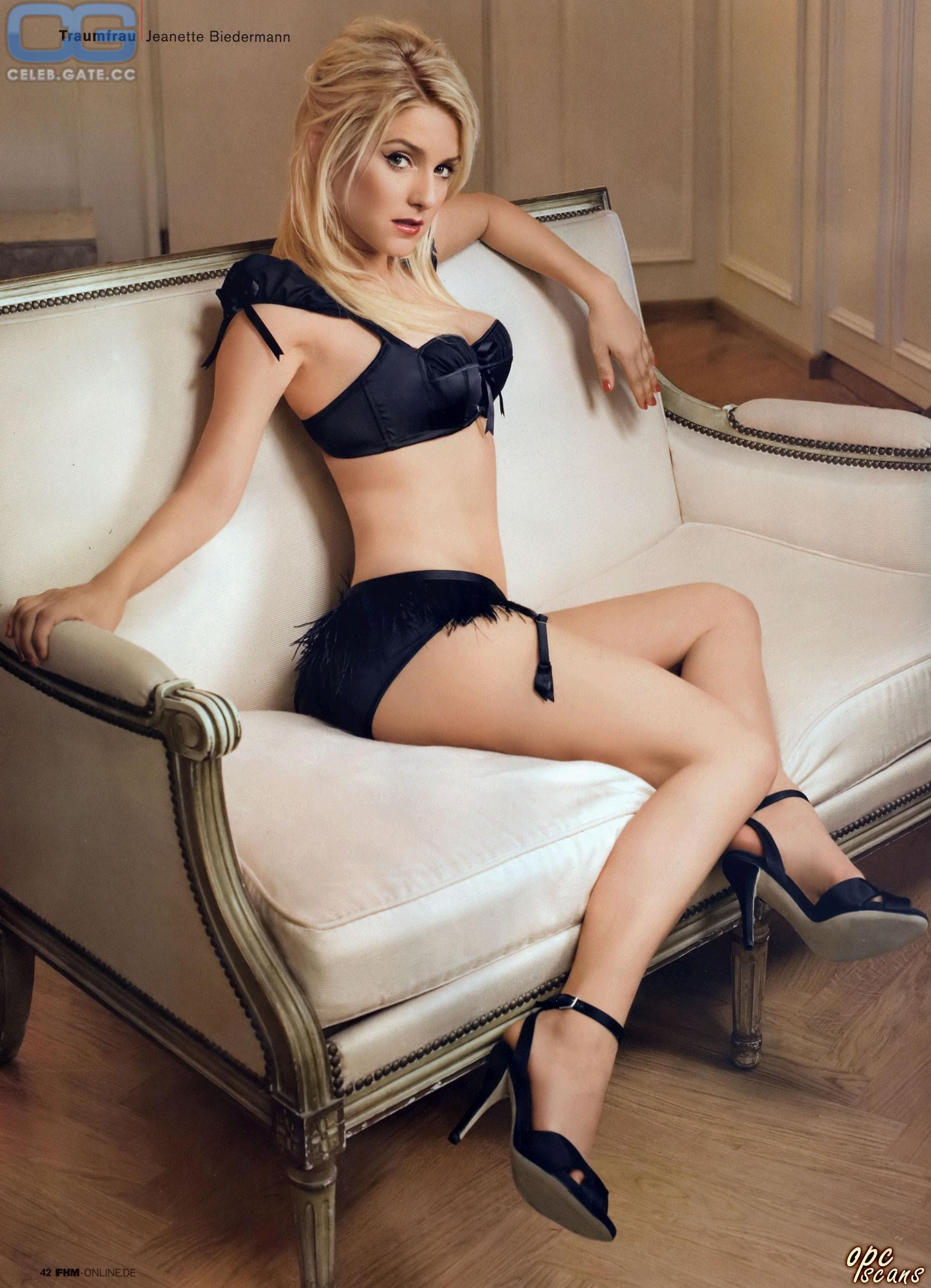 Playboy nackt julia biedermann All Celebs: