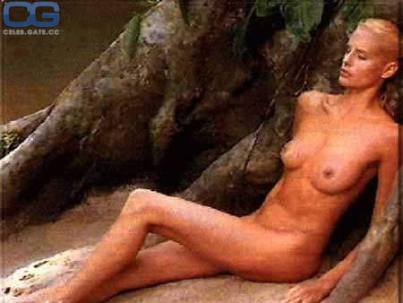 Nackt  Hannah Marshall Hannah Marshall