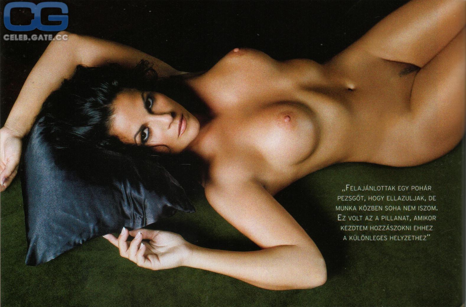 Alexandra Oszter  nackt
