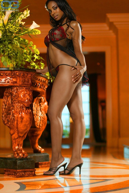 Jennifer Gordon  nackt