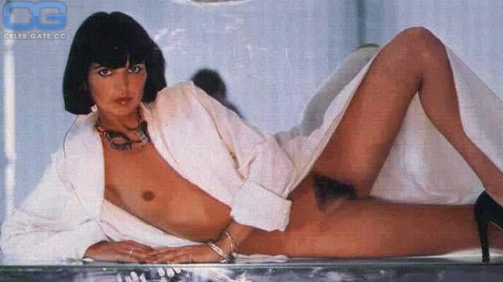 Catherine Serre  nackt