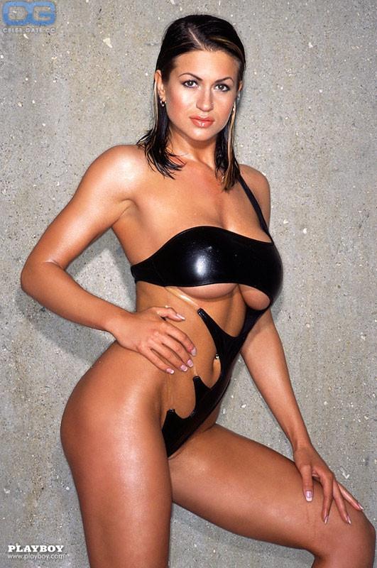 Melissa Rigby  nackt