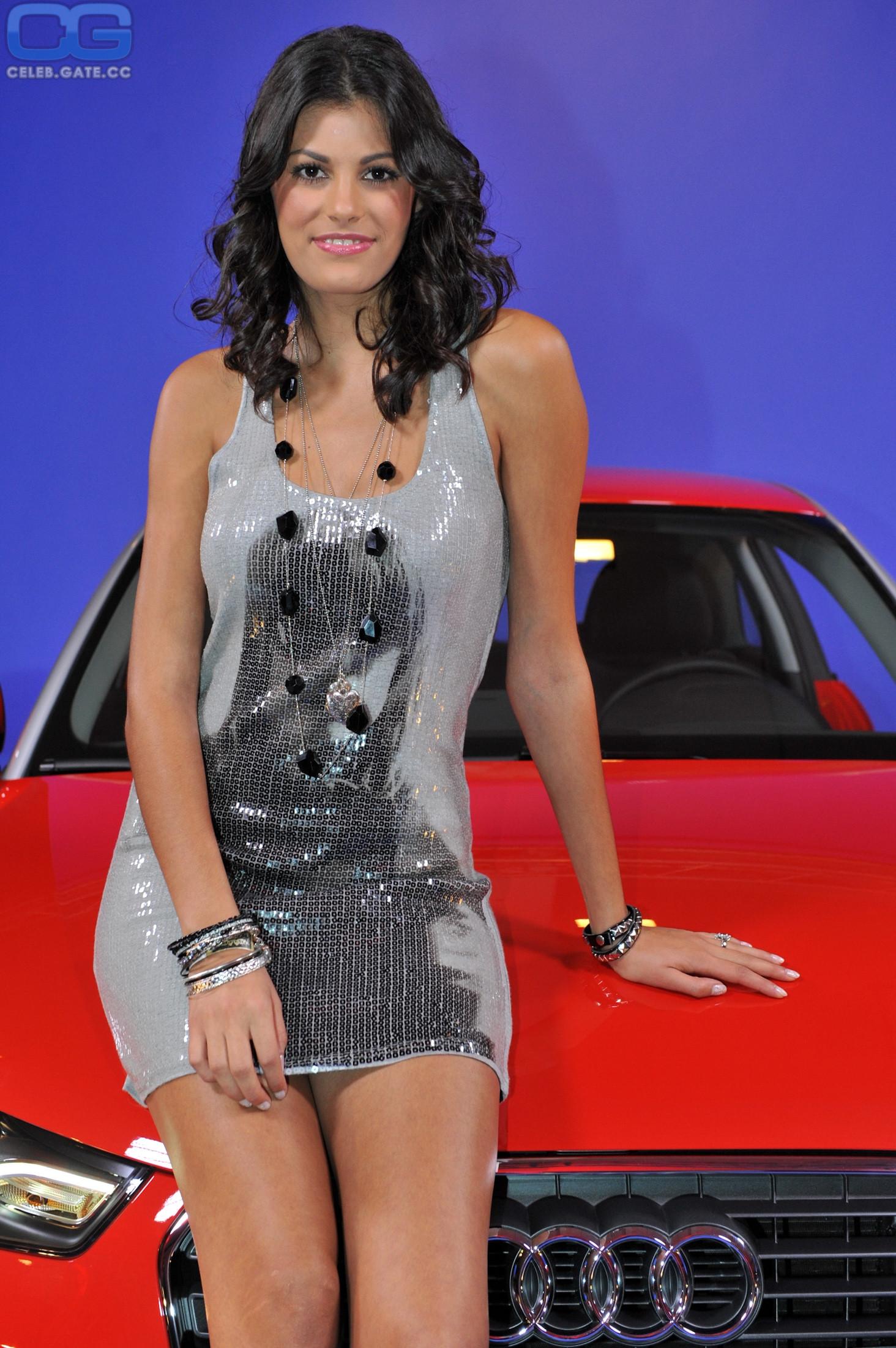 Nackt  Alisar Ailabouni rental bubble: