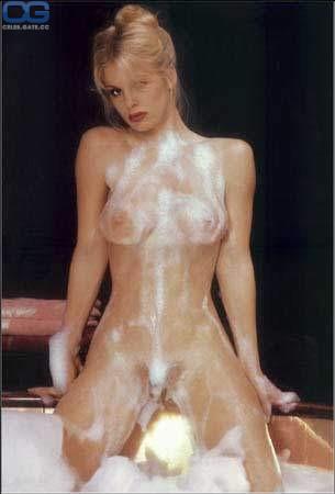 Nackt dorothy stratten Playboy model