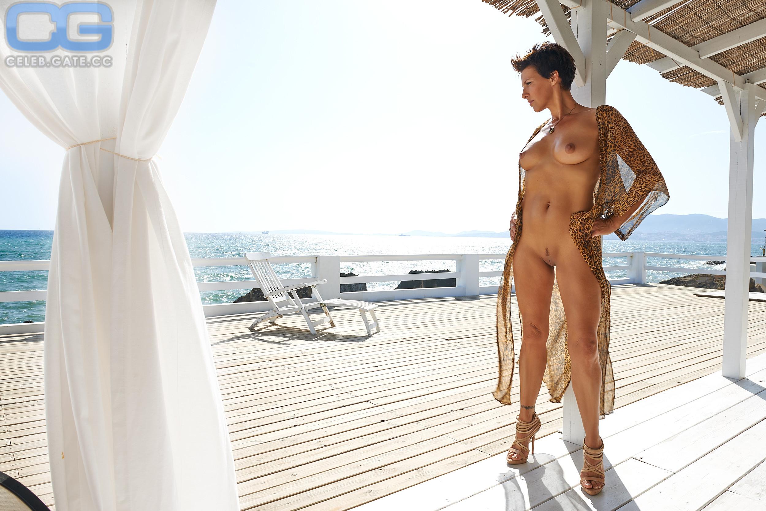 Nackt petzl playboy sabine Sabine Petzl
