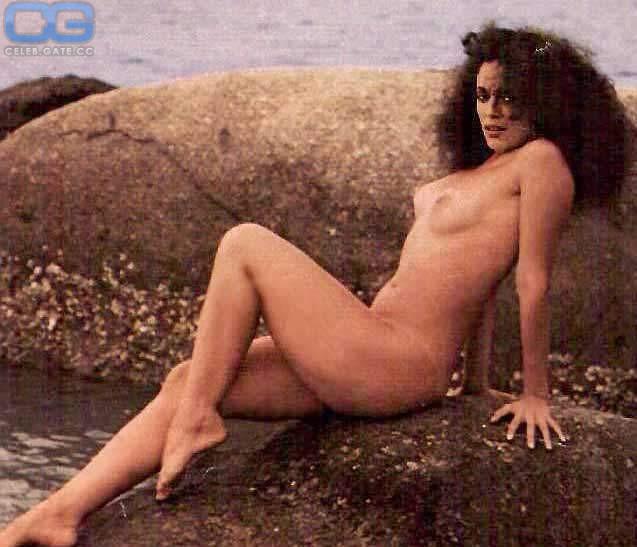 Boobs Sonia Braga Nude Naked Pic