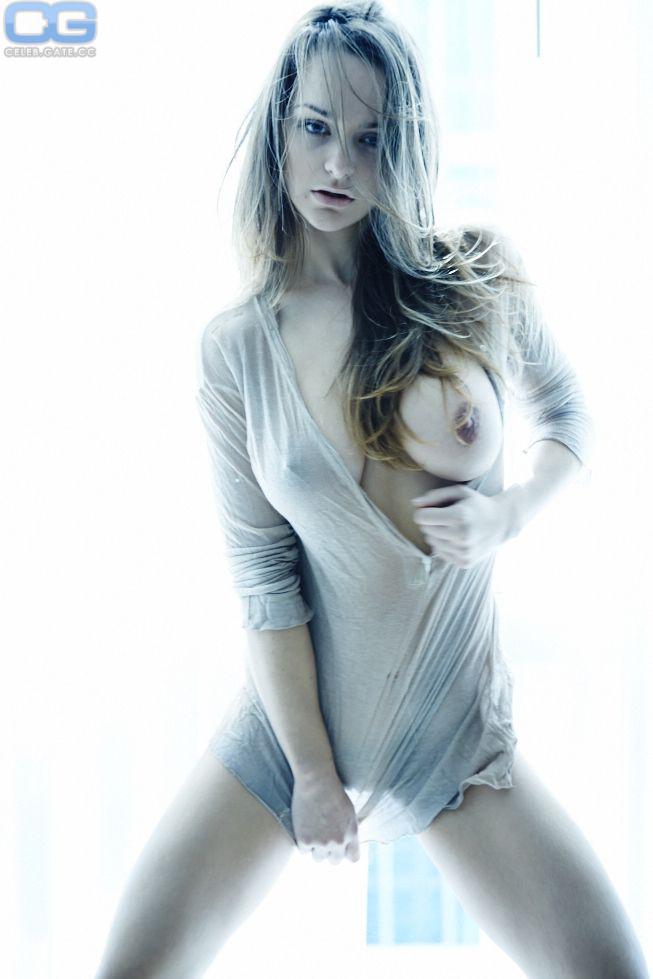 Nackt Kristen Harris  Banned Sex
