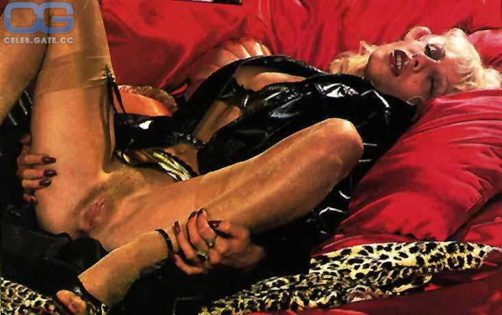 Dale  nackt Joy Emma. (2020)