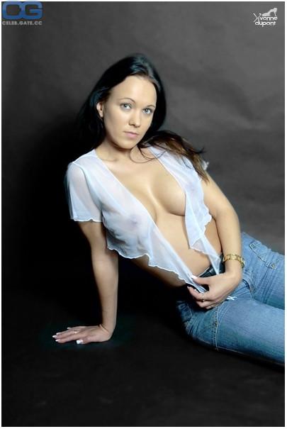 Yvonne Dupont  nackt