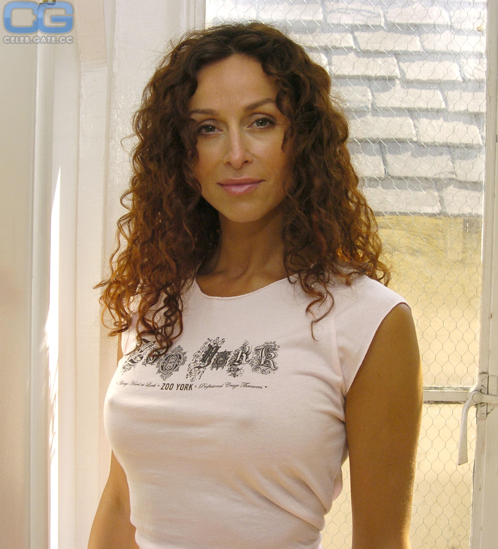 Sofia Milos  nackt