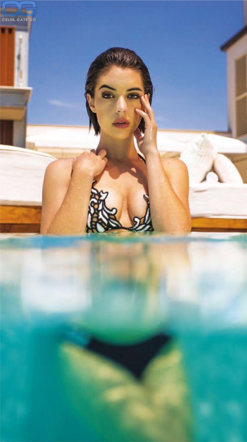 Adelaide nackt Kane Nude celebrity