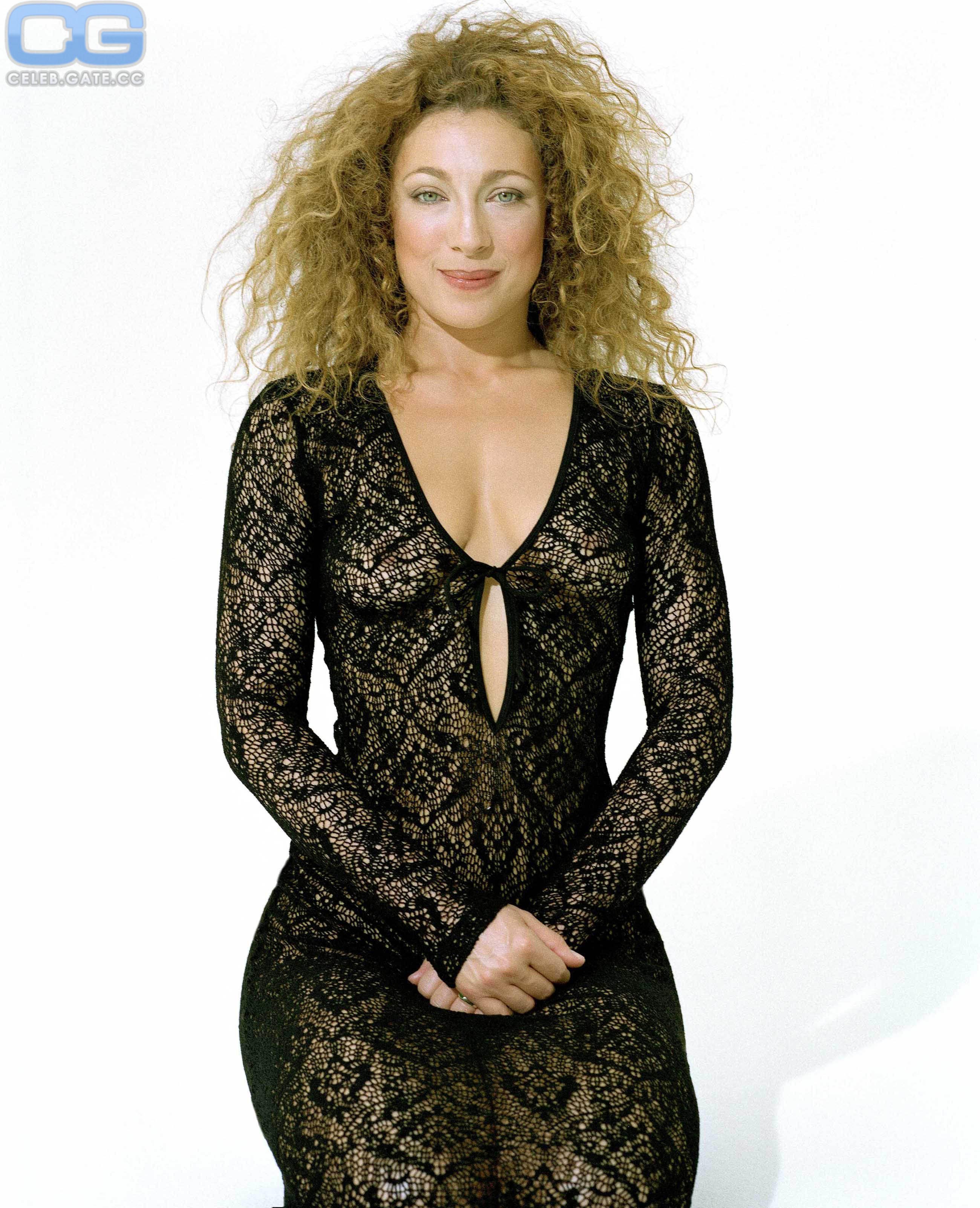 Nackt Alex Kingston  Meryl Streep