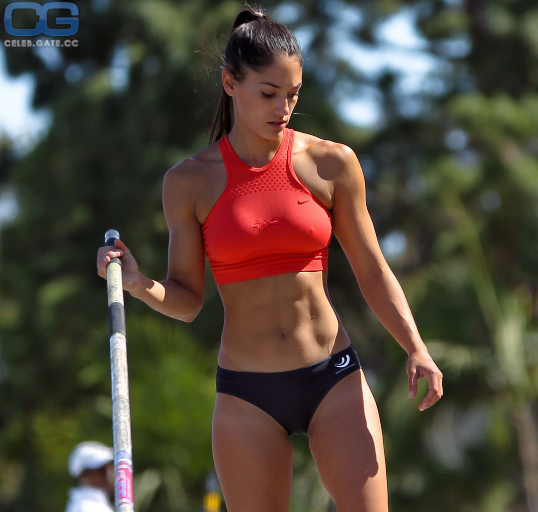 100 Pictures of Allison Stokke Nude