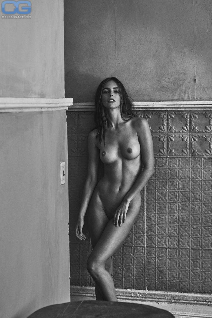 Marie nackt Amanda  Mature galleries,.