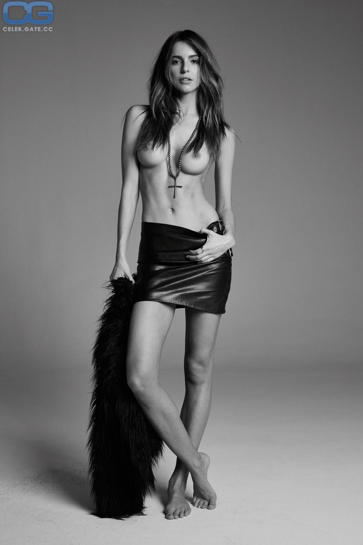 Amanda Goodwin  nackt