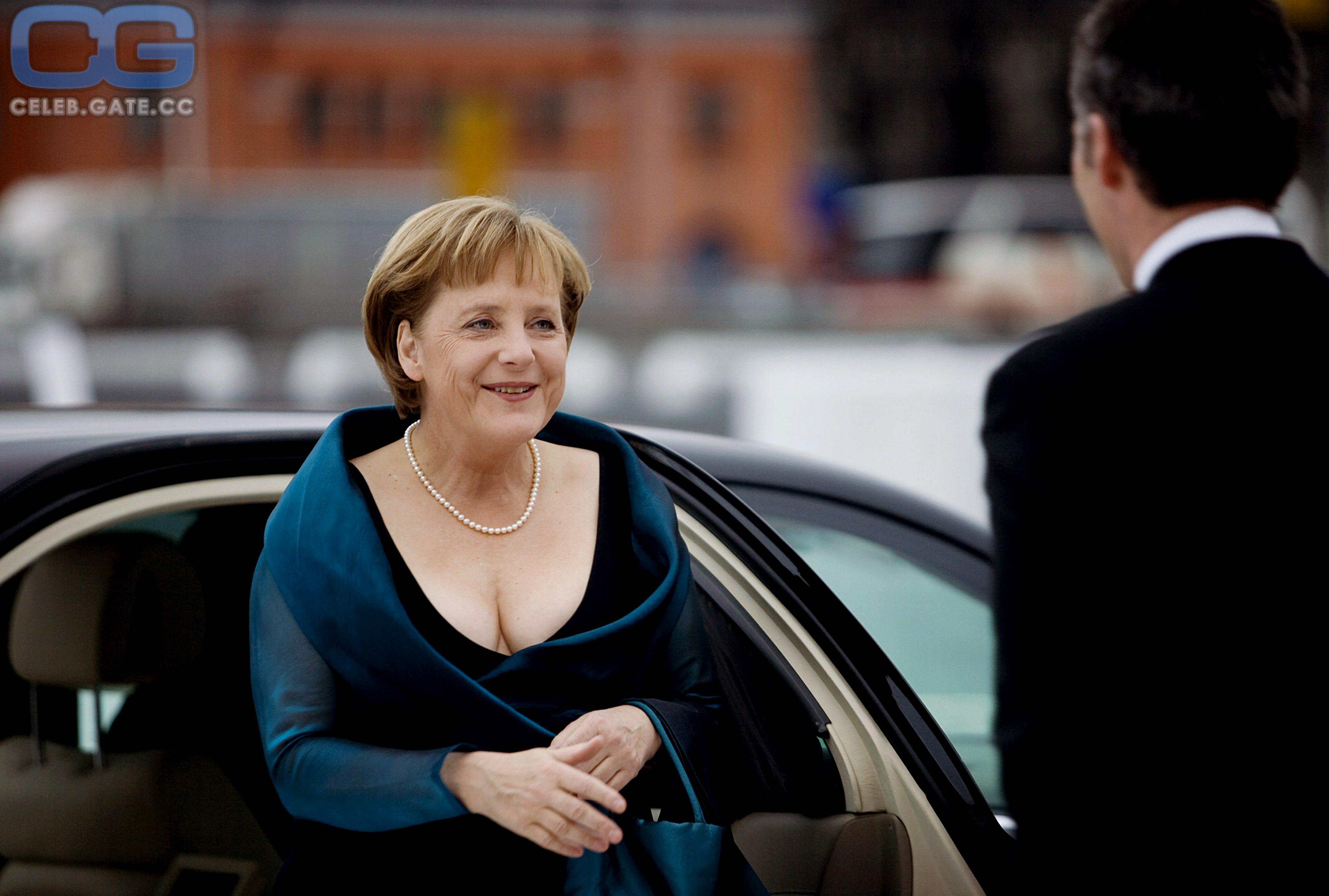 Nacktfoto merkel Angela Merkel:
