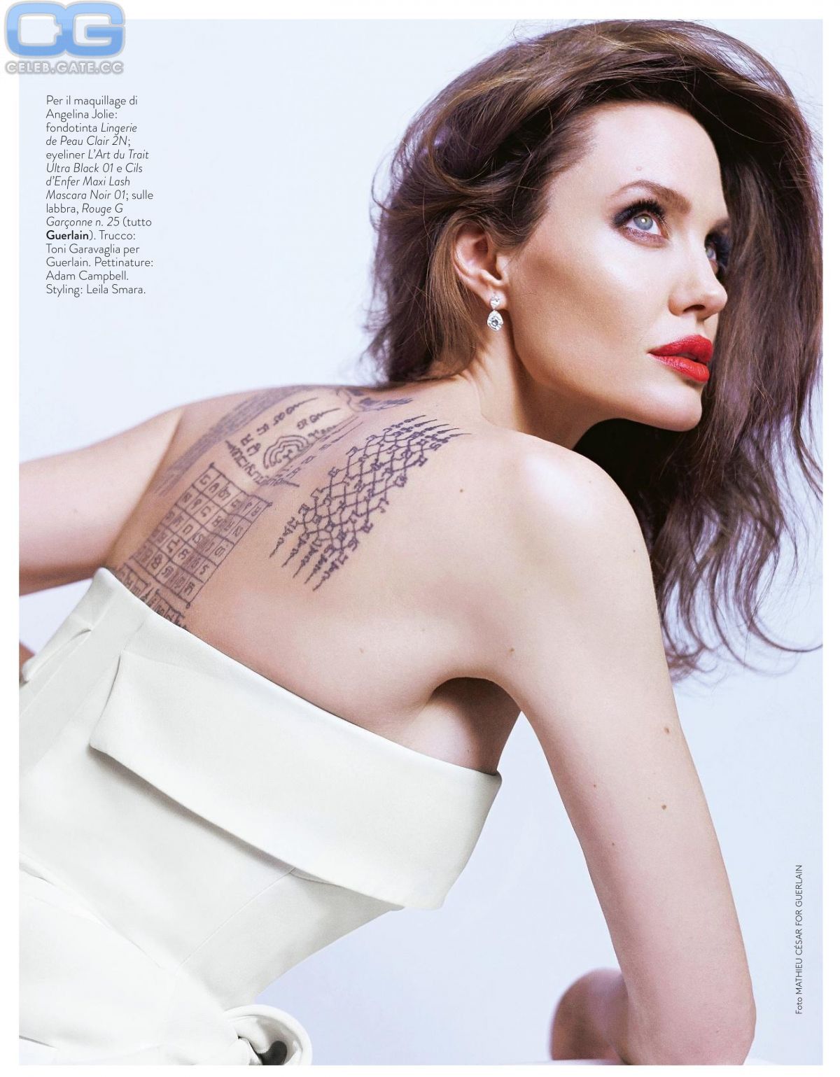 Nackt angelina playboy jolie Angelina