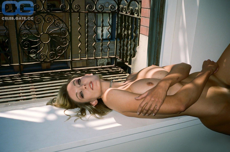 Lisa Wagner  nackt