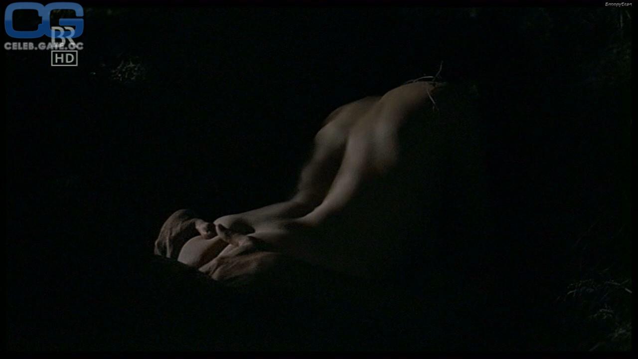 Anna Loos  nackt