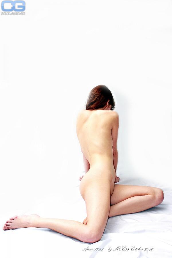 Anne Wuensche naked